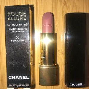 Chanel Lipstick Silhouette 06